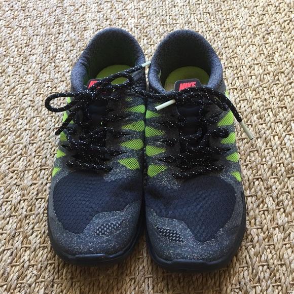 Nike Free tennis shoes. Kids 3.5